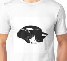 little kitten who sleeps peacefully Unisex T-Shirt