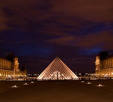 Musee du Louvre at night by randyharris