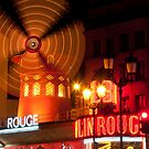 Moulin Rouge at night by randyharris