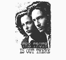 X-Files: The Truth is Out There (Mulder and Scully - Grey) Women's Fitted Scoop T-Shirt