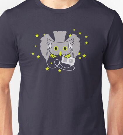 Owl on Night Prowl VRS2 T-Shirt