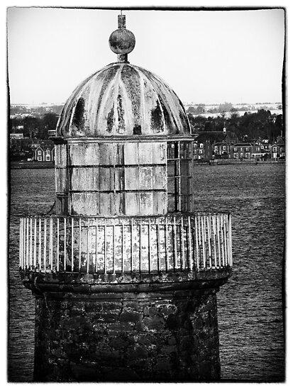 Old Lighthouse by fraser68