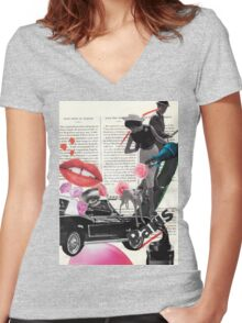 Follow me (Paris) Women's Fitted V-Neck T-Shirt