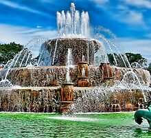 Buckingham Fountain Chicago Illinois  by Scott Wood