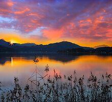 Dusk at Lake Wörthersee by Delfino
