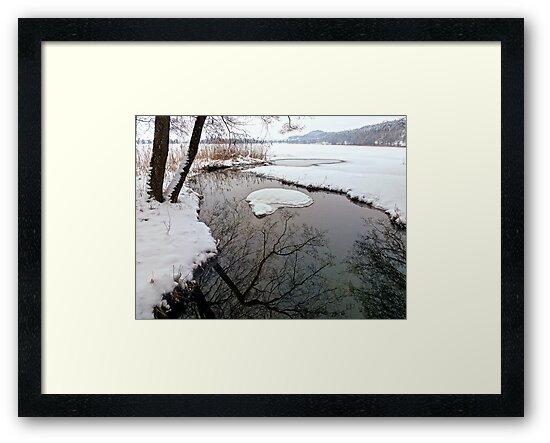 River Inlet by globeboater