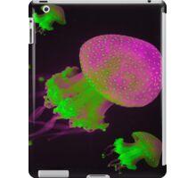 Green and Purple Jellyfish iPhone/iPad Case iPad Case/Skin