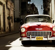car in havana by dubassy