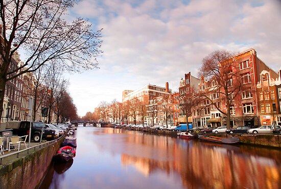 amsterdam canal by dubassy