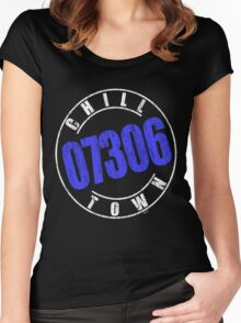 'Chilltown 07306' (w) Women's Fitted Scoop T-Shirt