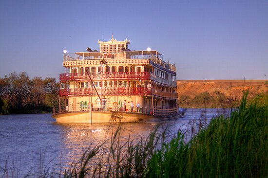 Murray River Princess - Sunnyside, Murray Bridge, SA by Mark Richards