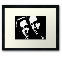X files mulder & scully Framed Print