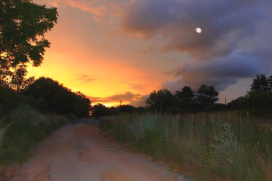 Sunset moon by Graeme Mockler