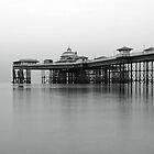 Llandudno Pier by RH-prints