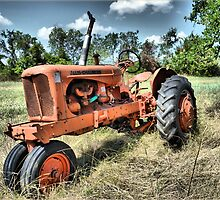 Rustic Tractor by JW2Photo