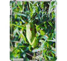 Green frog tech iPad Case/Skin