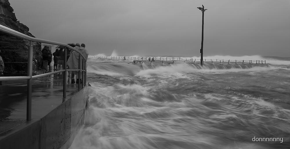 Narrabeen pool flood by donnnnnny