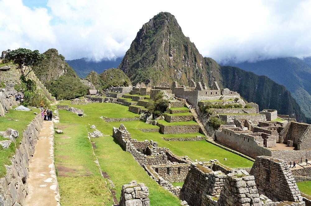 Mapi or Machu Picchu by Daniele Iengo