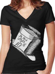 Alice in Wonderland Classic Mad Hatter Hat Women's Fitted V-Neck T-Shirt