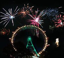 Fireworks at the fairest wheel by amira