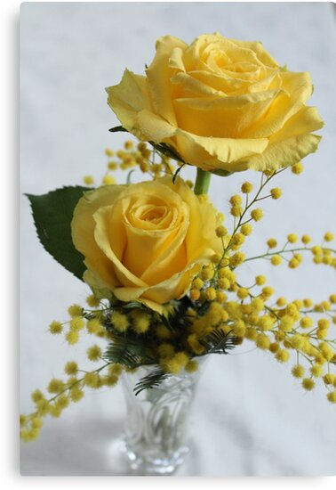Everything Yellow by karina5