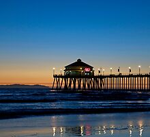 Huntington Beach Pier by philw