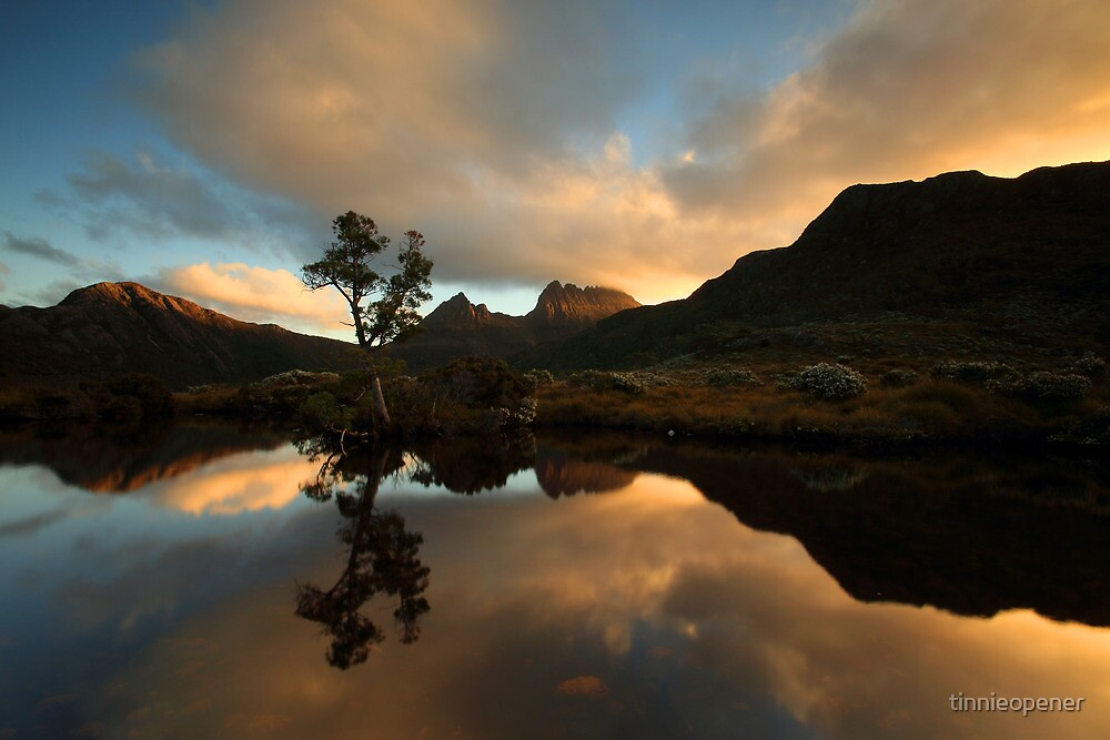 Cradle Mountain NP  by tinnieopener