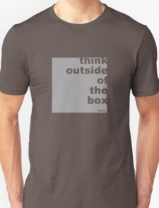 think out side the box (design) T-Shirt
