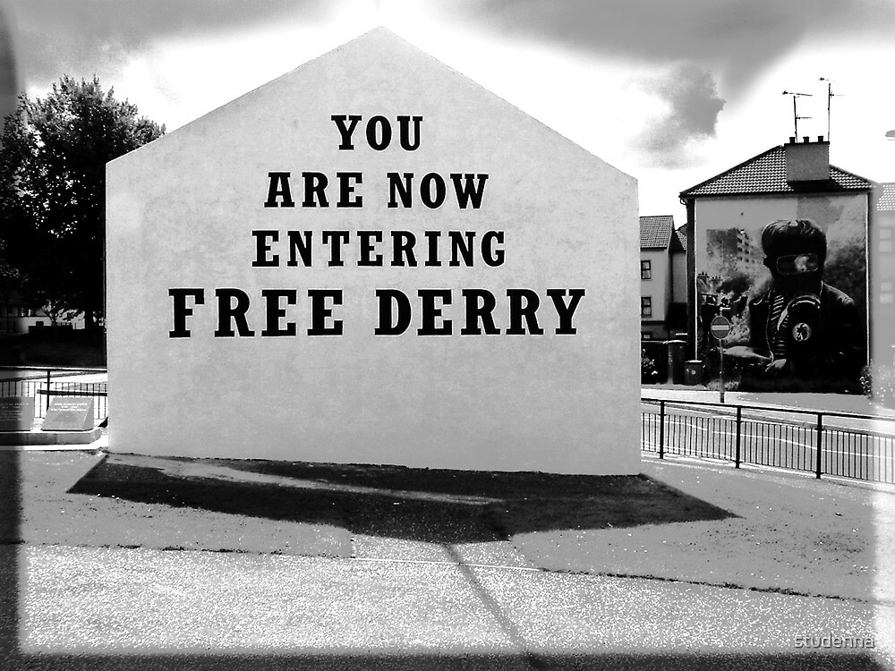 free derry wall by studenna