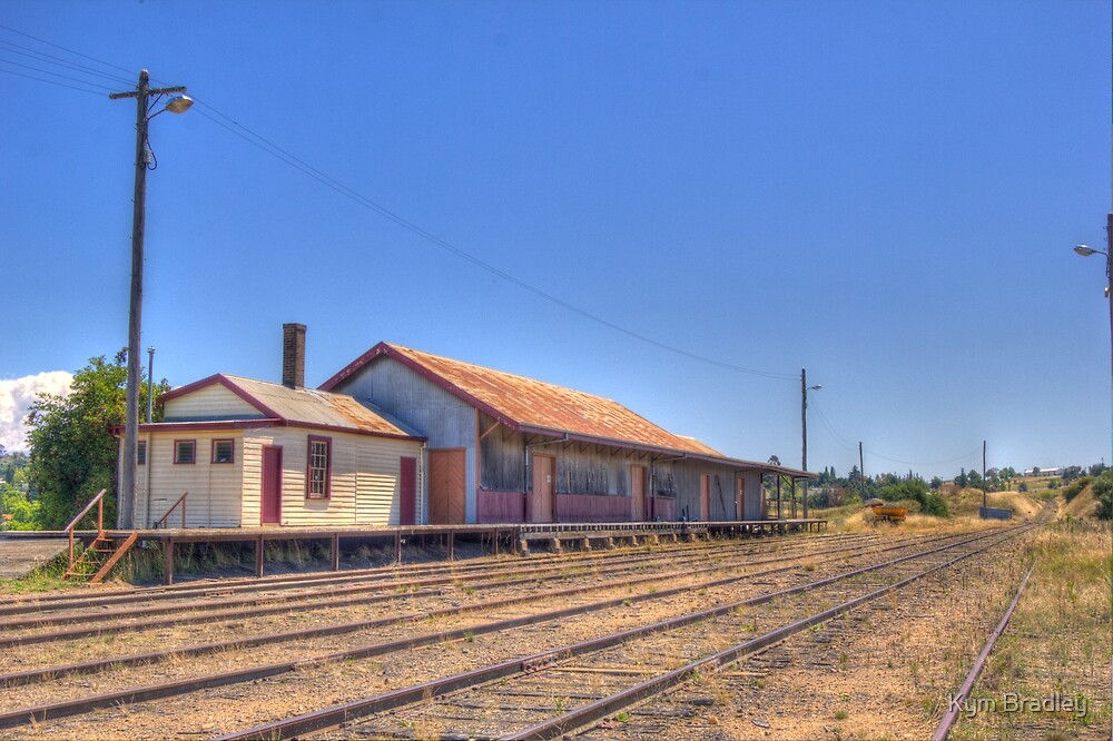 Goods Shed Cooma Railway now used for storage for  Transport Company by Kym Bradley
