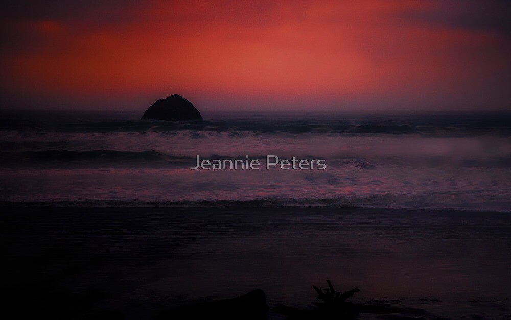 ocean sunset by Jeannie Peters