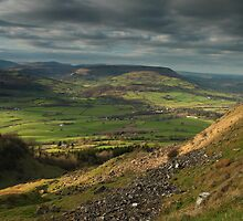 hatteral hill the black mountains brecon beacon wales by blakmountphoto