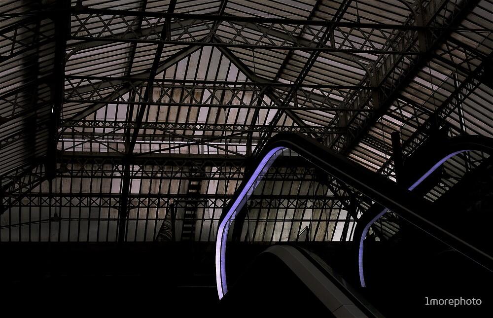 Purple Mantis arrived in Paris - Gare de Lyon .... by 1more photo