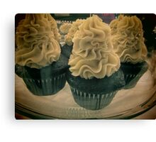 cup cakes Canvas Print
