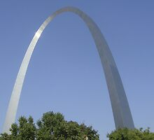 St. Louis Arch by sanngat