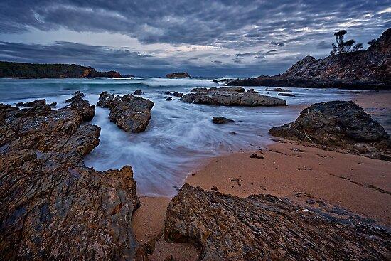 Geurilla Bay Blue by Ian English