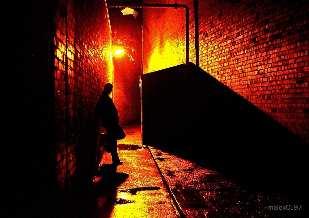 Alley streetlight by melek0197