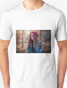 Women Portrait - Dreads Unisex T-Shirt