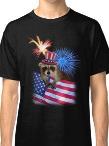 Patriotic Raccoon Classic T-Shirt