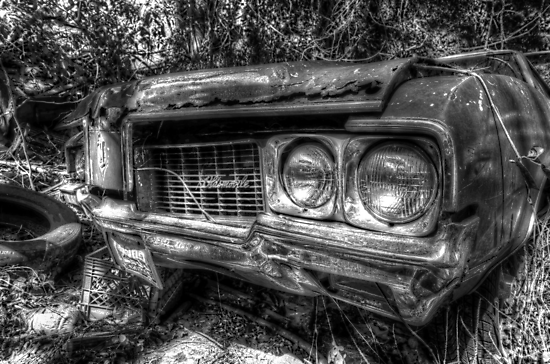 Forgotten Oldsmobile in Fox Hill Village, The Bahamas by 242Digital