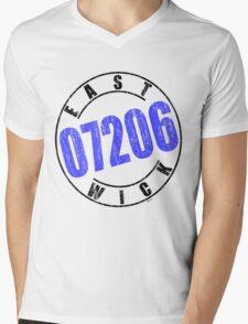 'Eastwick 07206' Mens V-Neck T-Shirt