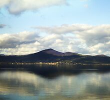 Lago di Bracciano by HazardousCoffee