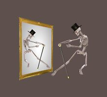 Funny Dancing Skeleton In Mirror Unisex T-Shirt