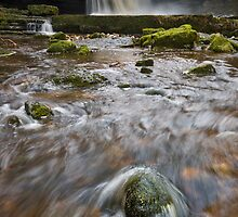 Cauldron Falls (2) by Phillip Dove