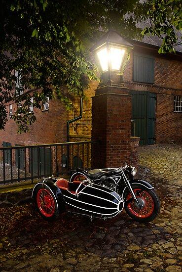 BMW R12 with sidecar by Frank Kletschkus