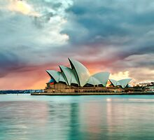 cloudy sunrise on Opera House by moreannthm