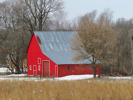 Little Red Barn by lorilee