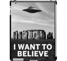 Want2believe (Stonehenge) iPad Case/Skin