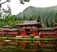 Byodo-in Temple by raymona pooler