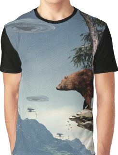 Do Aliens Get Grizzly? Graphic T-Shirt
